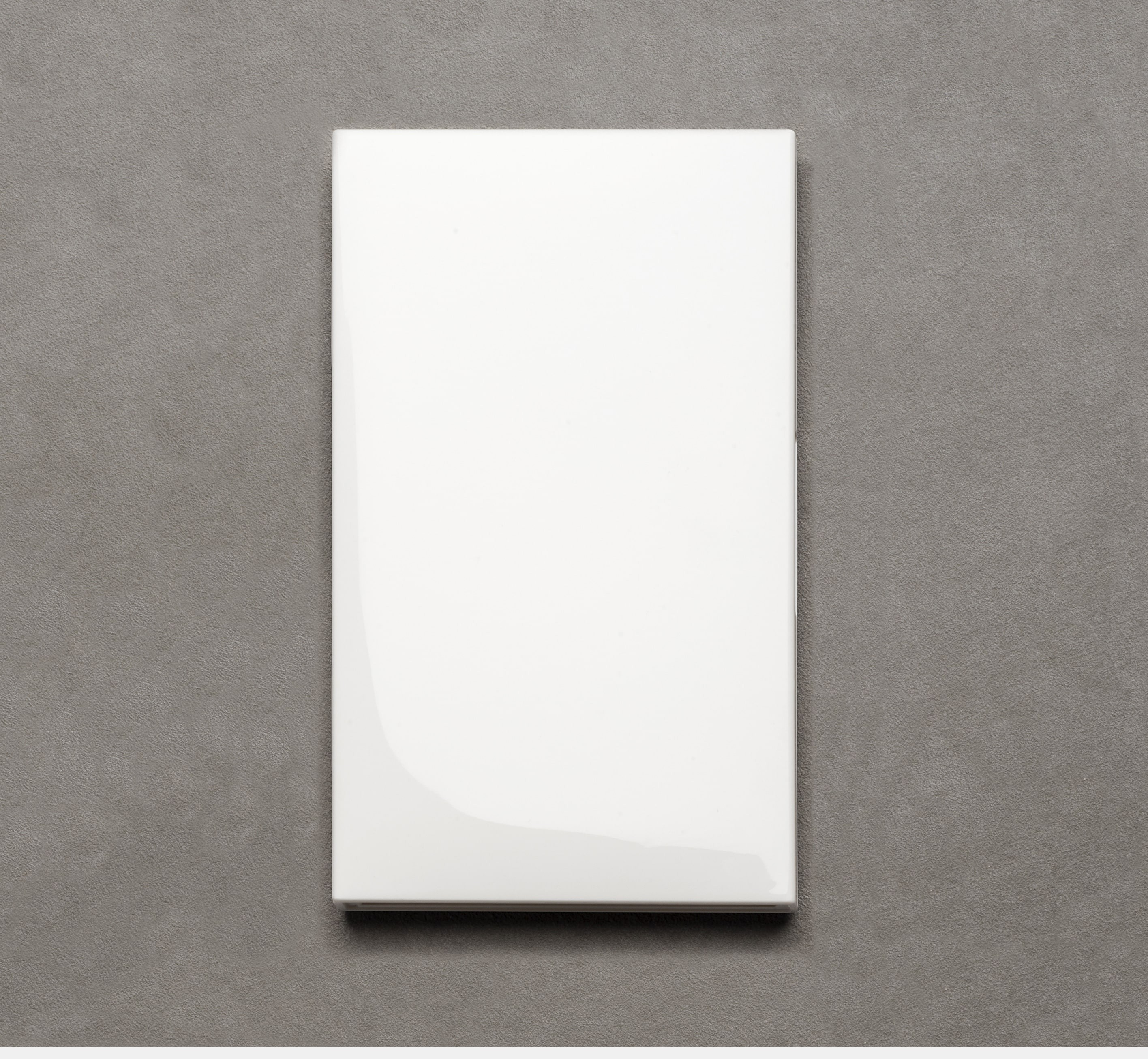 Le Carnet 08.16 white lacquered